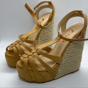 Khaki Wedge Sandals T Strap Peep Toe Platform Shoe